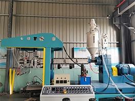 熔喷布生产设备应该如何选择?